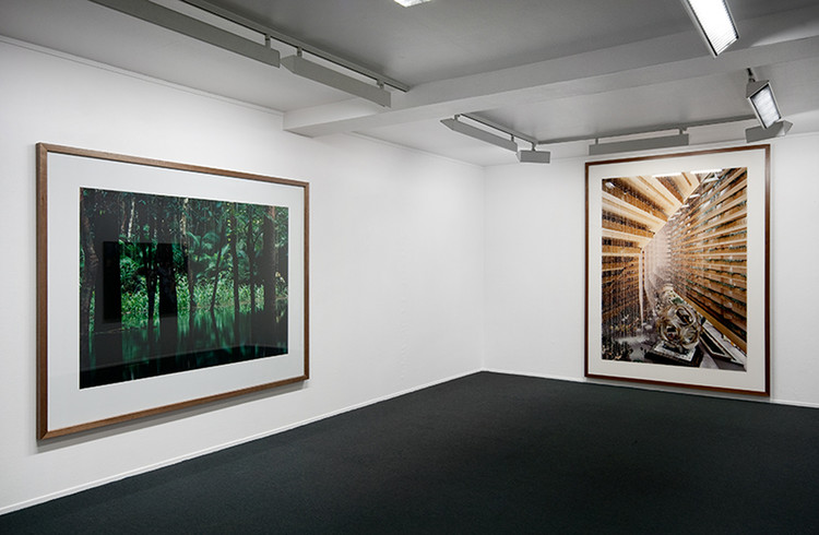 Photo Show 2010, Installation view